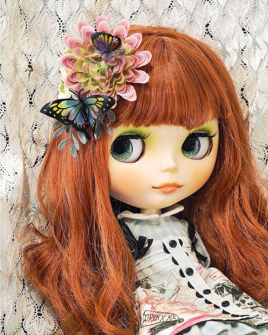 『プラバンで作る、蝶とお花の髪飾り』